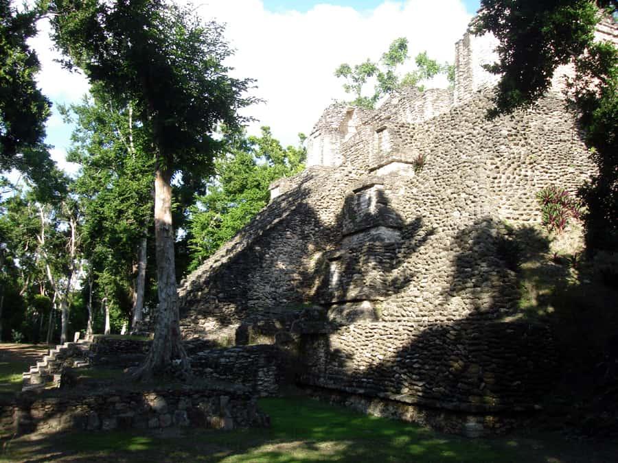 Dzibanche costa maya Tour