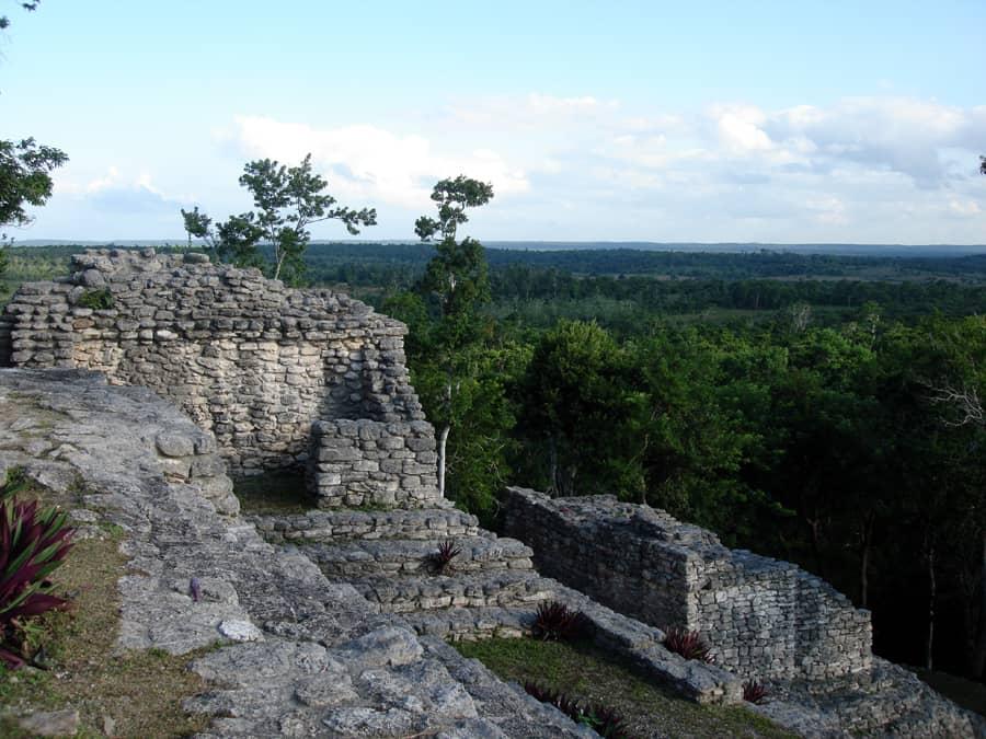 Kinichna costa maya