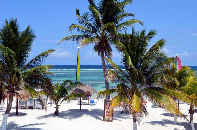 costa maya beach break